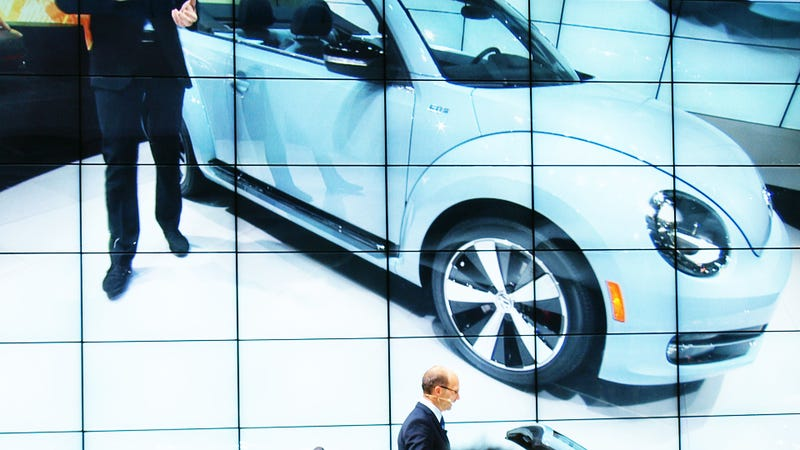 Illustration for article titled 2013 VW Beetle Convertible: Time To Get Your Checkbook, Daddy