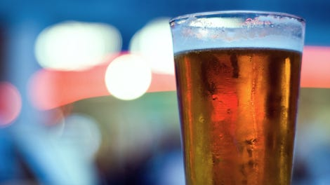Does Drinking Alcohol Make Dementia Worse
