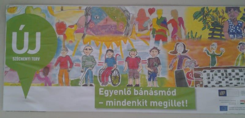 Illustration for article titled A vidrafejű Napocska* és a melegek. Ennek a kampánynak mi értelme???