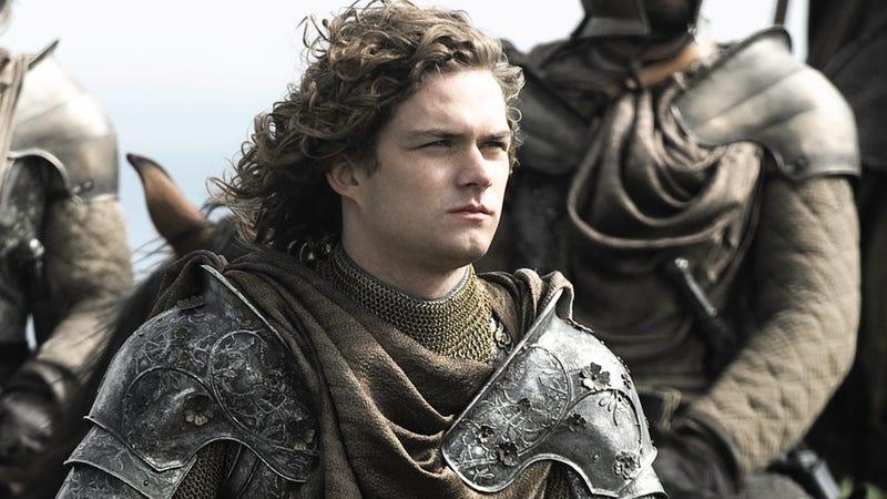 Finn Jones como Ser Loras Tyrell en la serie Juego de Tronos.