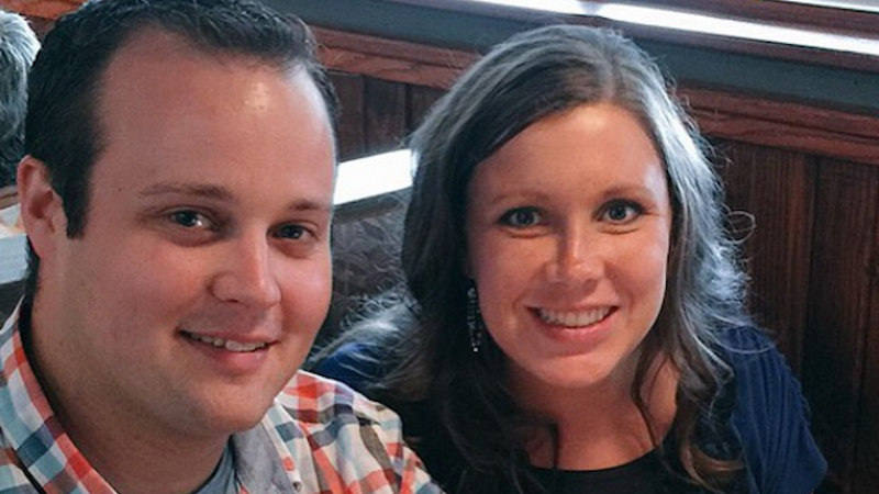 Illustration for article titled Anna Duggar's Brother Wants 'That Pig' Josh Out of the Family