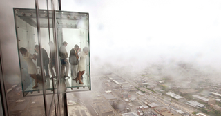 Illustration for article titled Se rompe el suelo de cristal de este mirador a 412 metros de altura