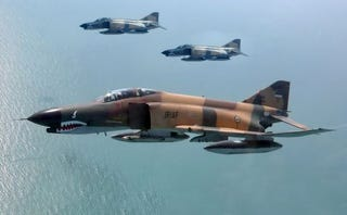 Illustration for article titled Iranian F-4 Phantoms Wade Into The Anti-ISIS Fight Over Iraq