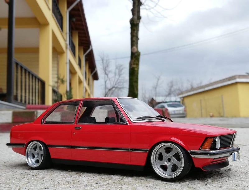 Illustration for article titled 1975 BMW 318i E21 (KK SCALE)