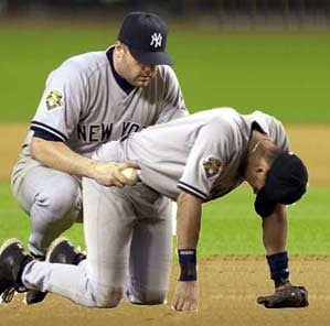 Illustration for article titled Roger Clemens Gets A World Class Drilling