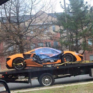 Illustration for article titled McLaren P1 crash in Washington DC