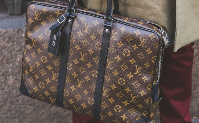 Rich People Now Think Designer Logo Bags Are Declass