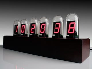 Illustration for article titled USB Tube Clock Possibly the Most Expensive Object from Brando Ever