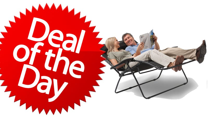 Illustration for article titled This Outdoor Reclining Loveseat Is Your Maxin'-And-Relaxin' Deal of the Day