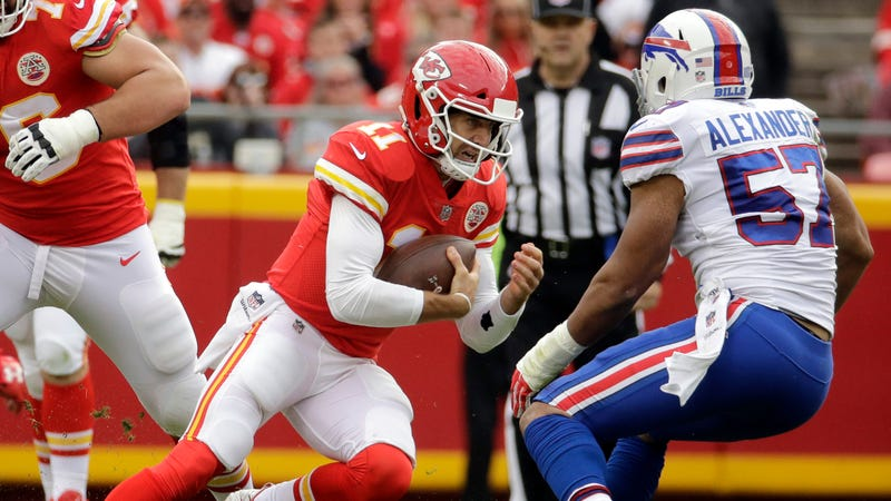 Chiefs won't bench Alex Smith for Patrick Mahomes