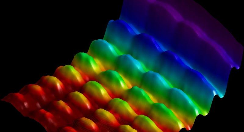Illustration for article titled Logran fotografiar por primera vez la luz como onda y como partícula