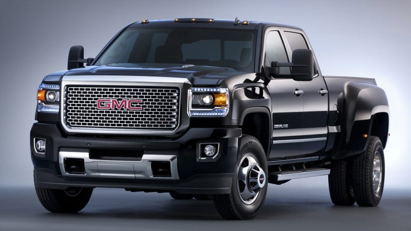 Illustration for article titled The 2015 GMC Sierra HD Is Basically A Freight Train You Can Drive