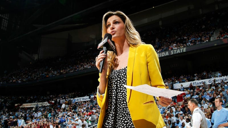 Illustration for article titled ESPN Didn't Try That Hard To Keep Erin Andrews: How The Sideline Reporter Wound Up At Fox