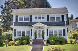 Illustration for article titled Laura Palmer's Twin Peaks House Is For Sale