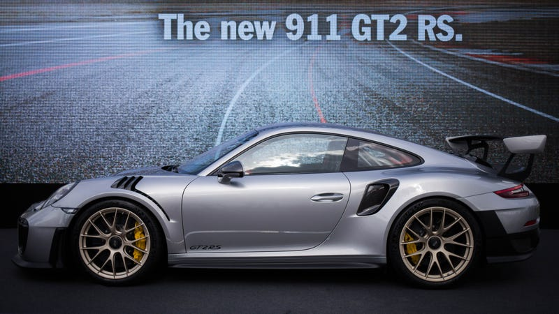 Here Are Even More Geeky Photos Of The 2018 Porsche 911 GT2 RS