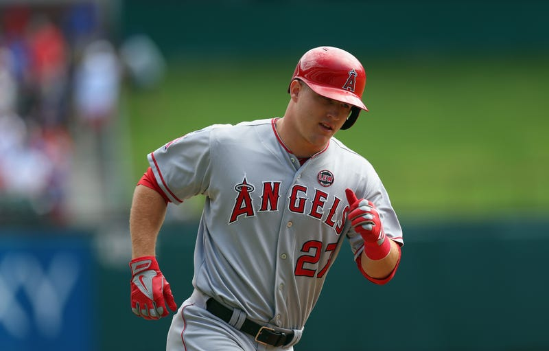 Illustration for article titled The Angels Are Going To Screw Up Mike Trout's Contract