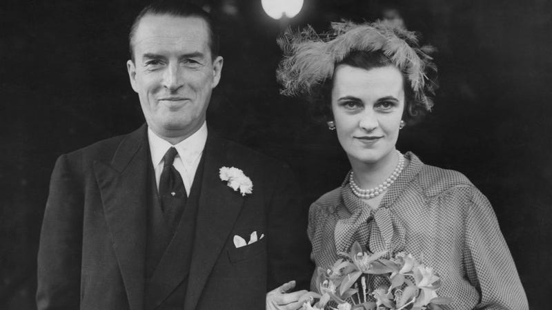 The Duke and Duchess of Argyll at their wedding