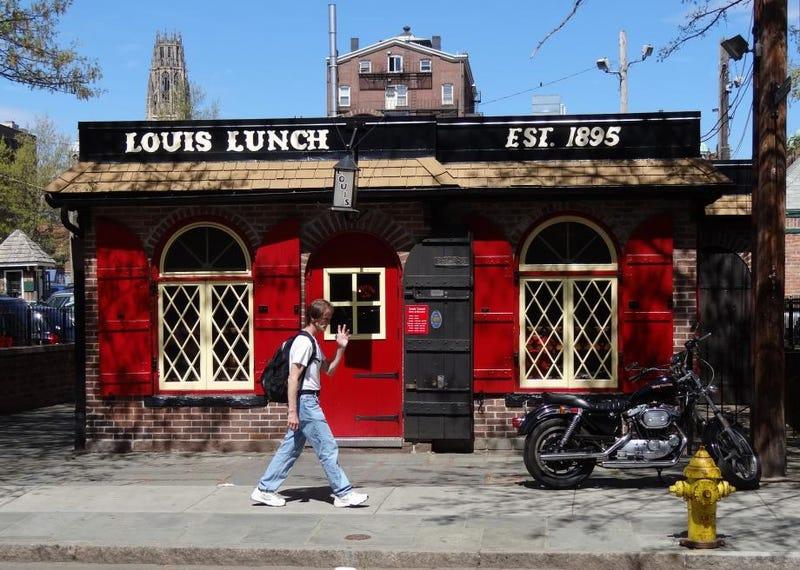 La hamburguesa nació en este diminuto restaurante de Connecticut, según el Congreso de EEUU