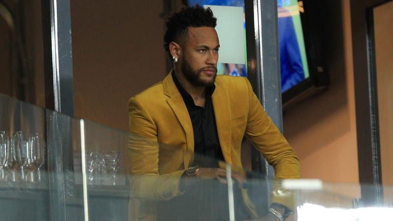 Oh God, Neymar Is Really Doing This Again