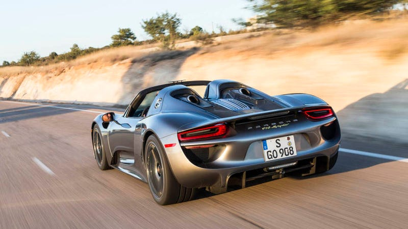 Illustration for article titled 13 things you didn't know about the $845k Porsche 918 Spyder