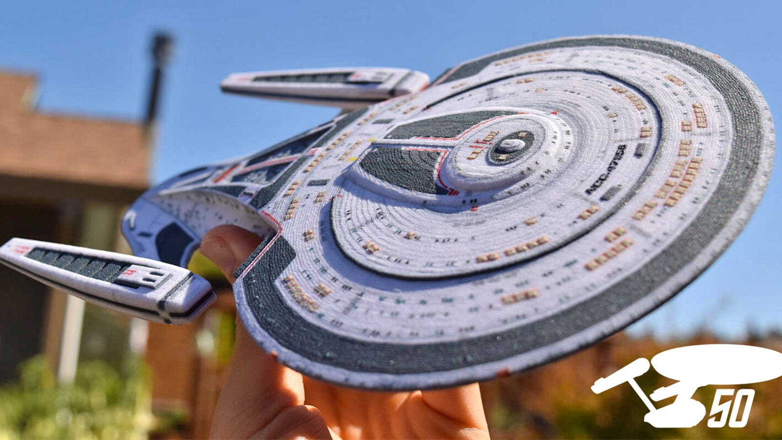 Build Your Own Starfleet With These Customized 3D-Printed ...