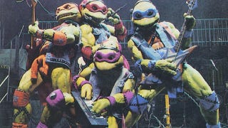 Illustration for article titled We Wish You a Turtle Christmas, and other proof that Michael Bay's not the first to crap on the Ninja Turtles