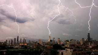 Illustration for article titled Chicago's Triple Lightning Strike Reminds Me Of A Game