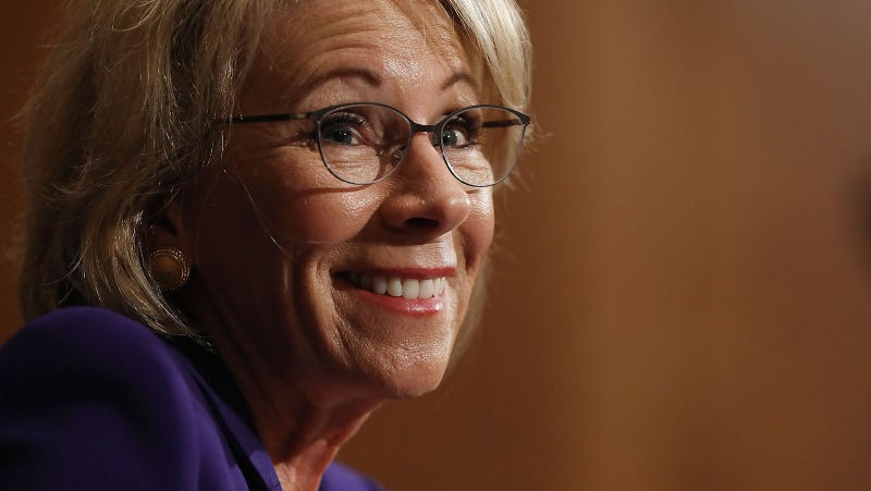 DeVos to reveal school choice plans Monday