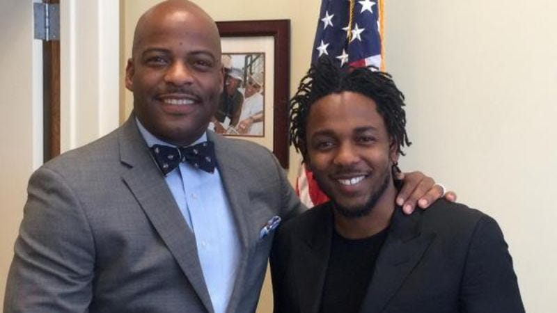 Senator Isadore Hall III (left) and Kendrick Lamar. (Image by: @isadorehall, Twitter)