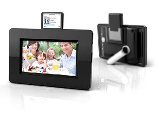 Illustration for article titled Mustek PF-i700 Digital Photo Frame Hooks up with Your IPod