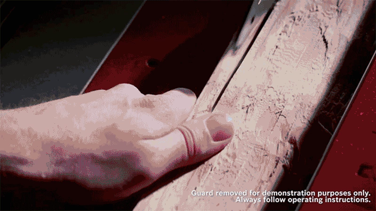 Flesh-Detecting Saw Instantly Drops the Blade Without Destroying It