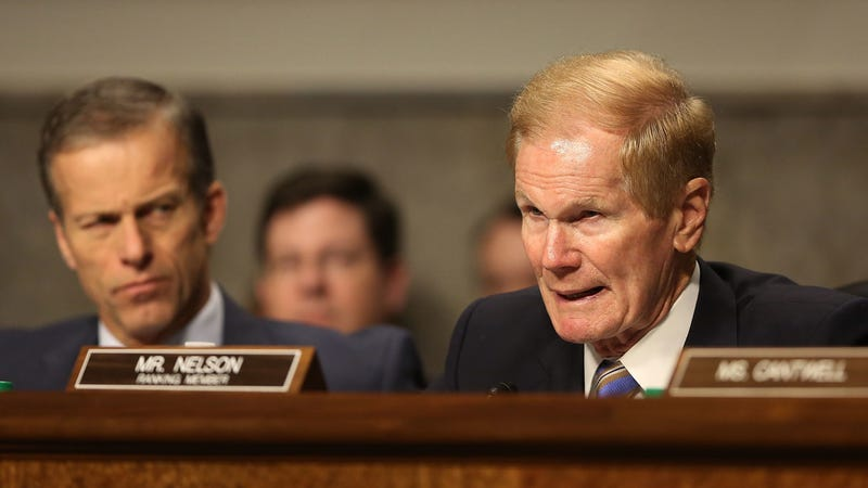 Sen. Bill Nelson (D-FL) asks a question during the confirmation hearing of Wilbur Ross, picked by President-elect Donald Trump to serve as his commerce secretary, in front of the Senate Commerce Committee on Capitol Hill on January 18, 2017 in Washington, DC. (Photo: Getty)