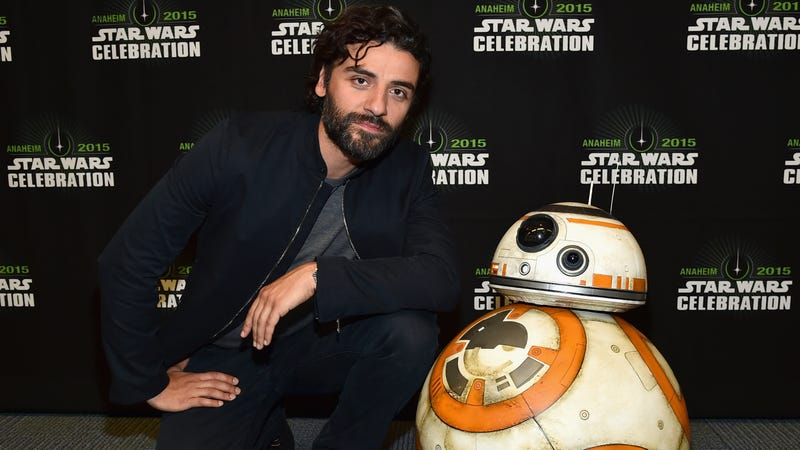 Illustration for article titled Oscar Isaac has some chill advice for all those disgruntled Star Wars fans