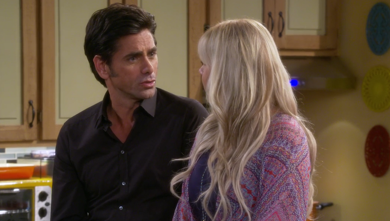Ive Got Something Important To Say Says John Stamos Reprising His Role As Uncle Jesse In The Debut Episode Of Fuller House