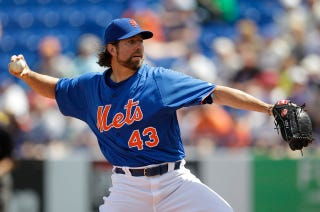 Illustration for article titled R.A. Dickey Says He Was Sexually Abused As A Child, Considered Suicide As An Adult