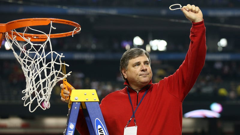 Illustration for article titled Tom Jurich Gets $7.2 Million, Lifetime Tickets In Louisville Settlement