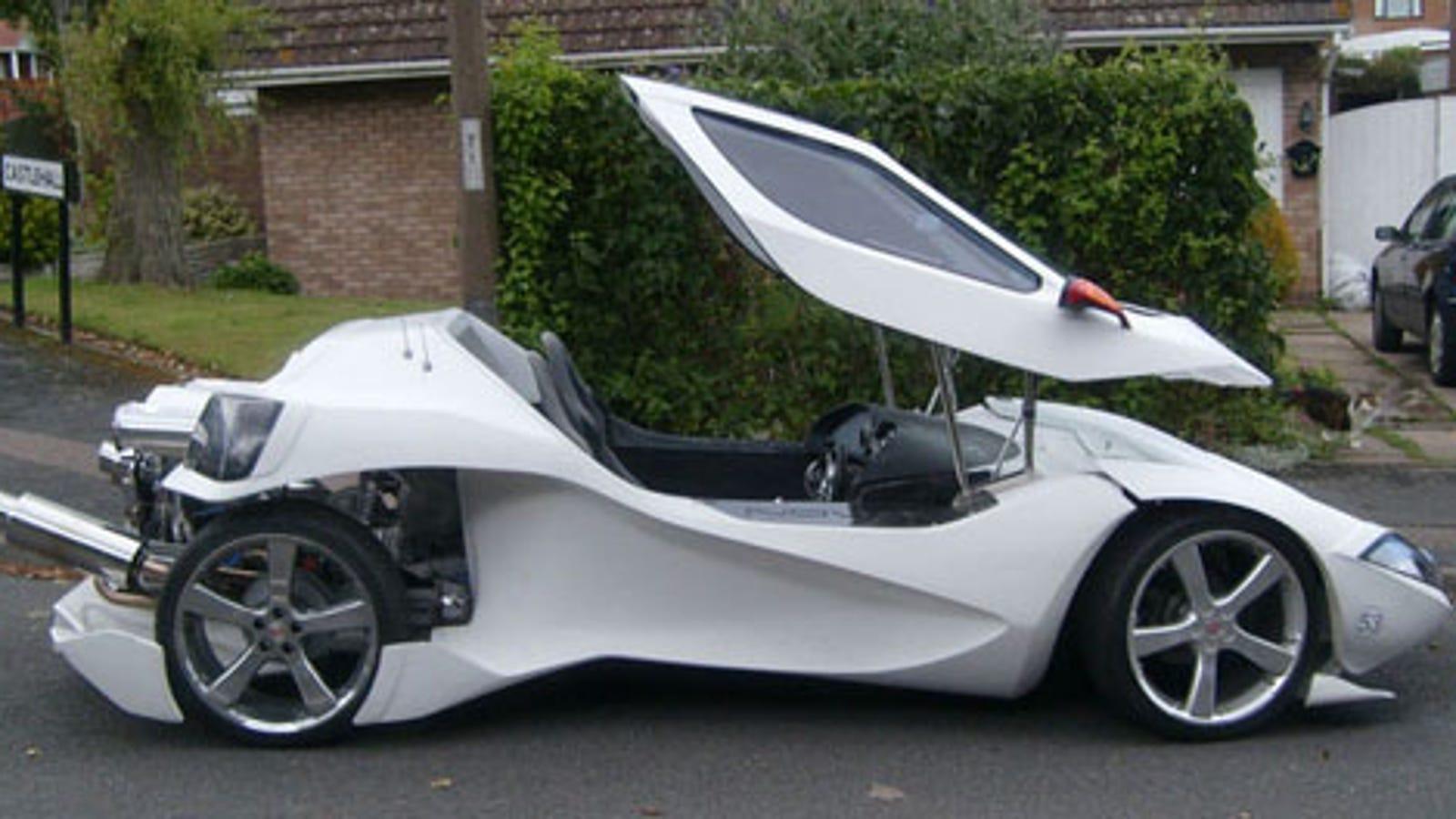 HYUNDAI COUPE Sports Car Koolart Chrome Keyring Picture Both Sides
