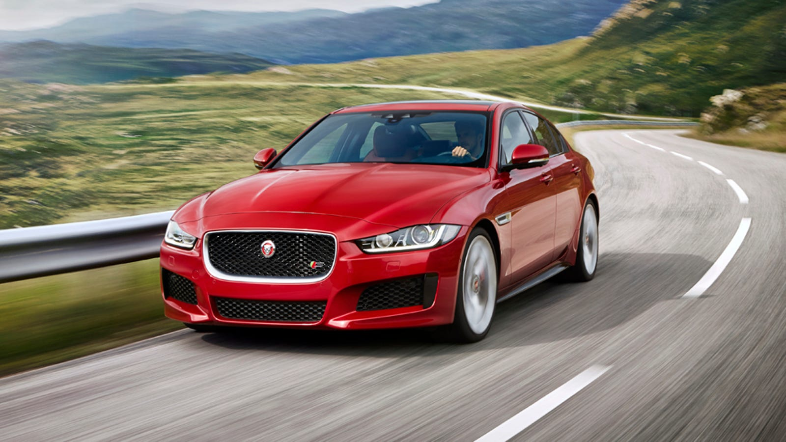 the 2016 jaguar xe s will do 0 60 in 4 9 seconds. Black Bedroom Furniture Sets. Home Design Ideas