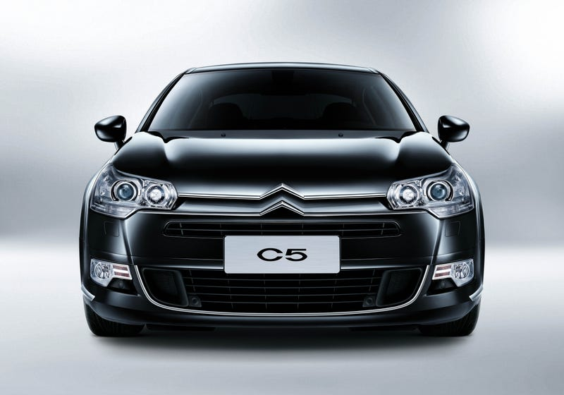 Illustration for article titled The Oppositlock Citroen C5 review will be out tonight.