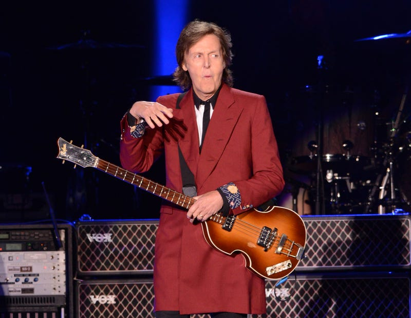 Illustration for article titled Let It Be Demolished: Paul McCartney Shuts Down Candlestick Park