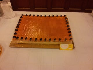 Illustration for article titled Megkóstoltam az ország tortáit! Mind a hármat egymás után!