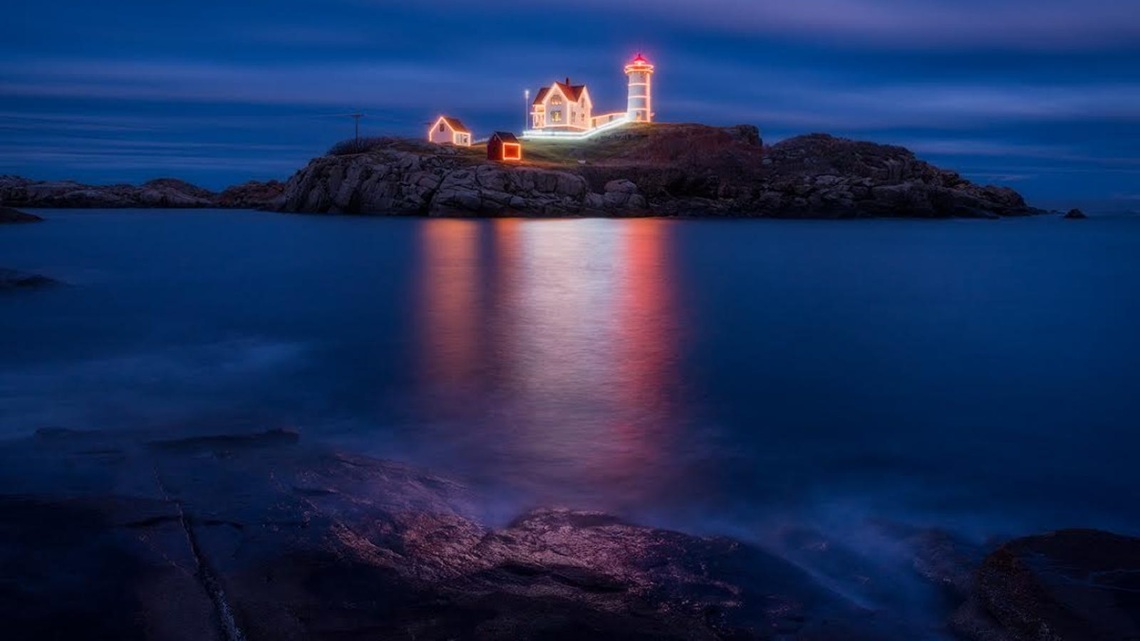 A Classic American Lighthouse Is Looking Glamorous This Christmas