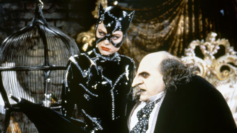 Illustration for article titled R-Bats to allegedly face off against Catwoman and Penguin in The Batman