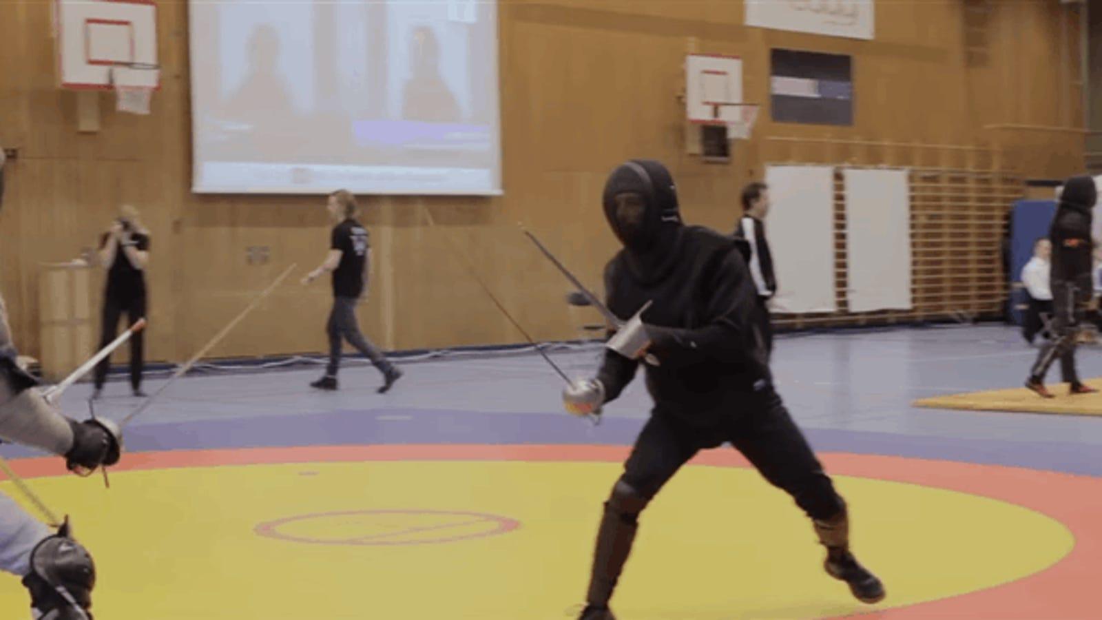 No, los combates a espada no eran como los muestran en el cine y la televisión