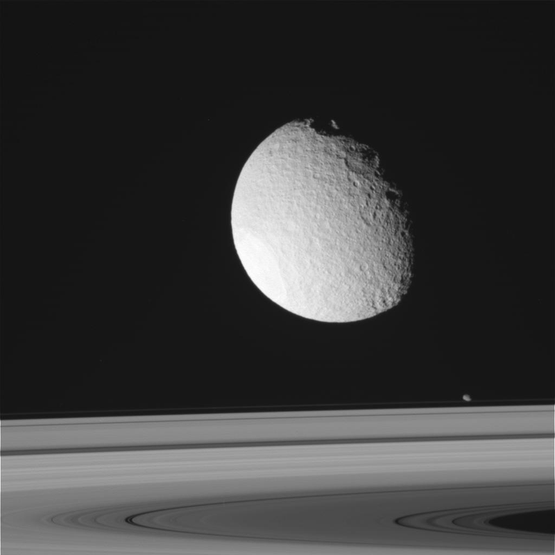 Illustration for article titled Cassini's Latest View Of Tethys,Enceladus And The Rings Of Saturn