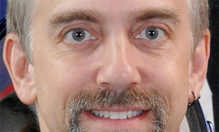 Illustration for article titled Ultima Creator Richard Garriott Just Sued A Cool $28 Million Out Of NCSoft