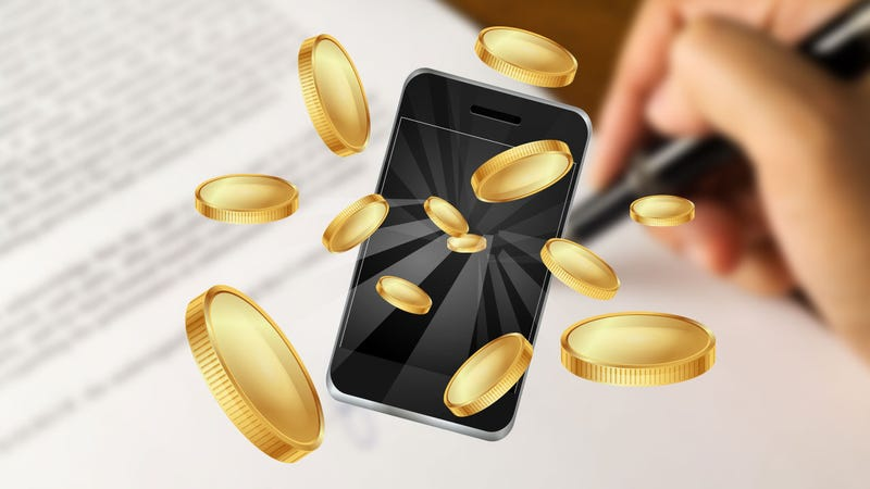 Illustration for article titled Should I Buy My Next Phone Off-Contract?