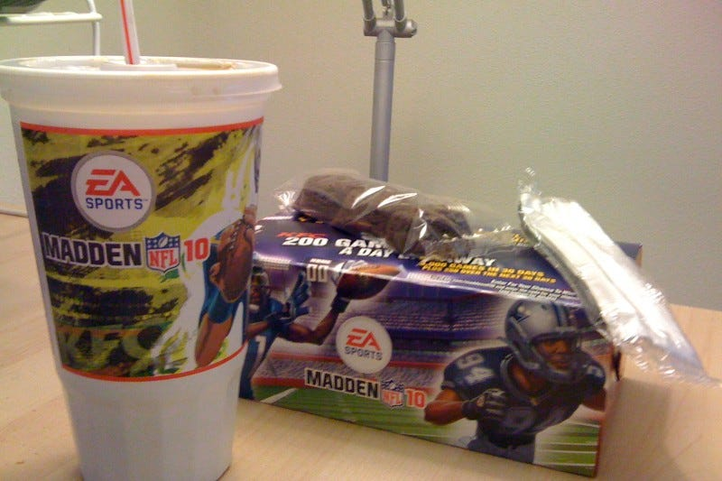 Illustration for article titled KFC Madden NFL Box Unboxing and Review