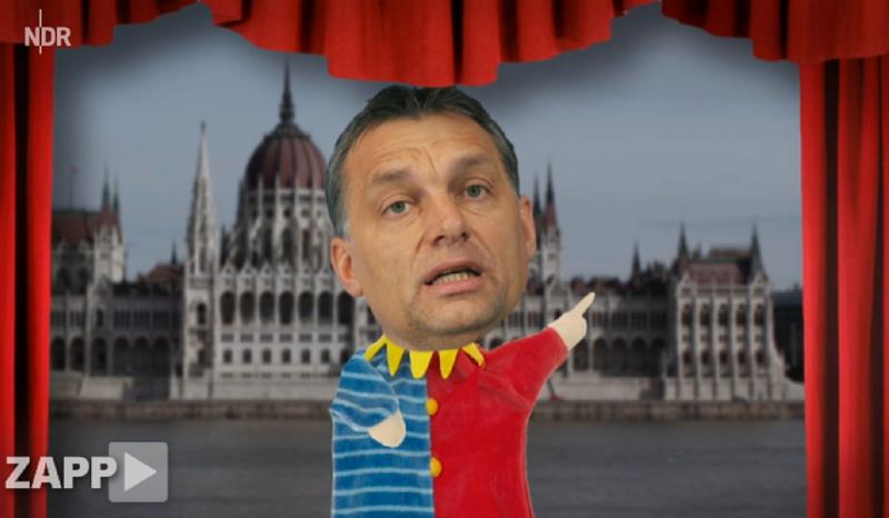 Illustration for article titled Orbán Viktor ugrál és kesztyűbáb az NDR videójában