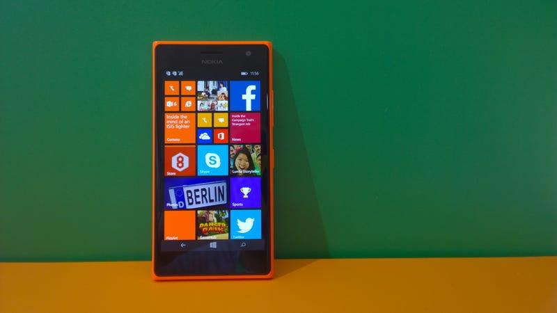 Illustration for article titled Nokia Lumia 735, Microsoft ya tiene su móvil para selfies